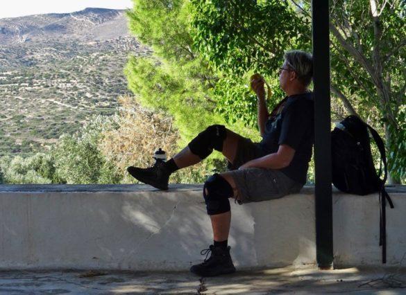 vandrare vandra vandring hiker hiking hike walk walking walker paus view vy utsikt vila rest crete kreta
